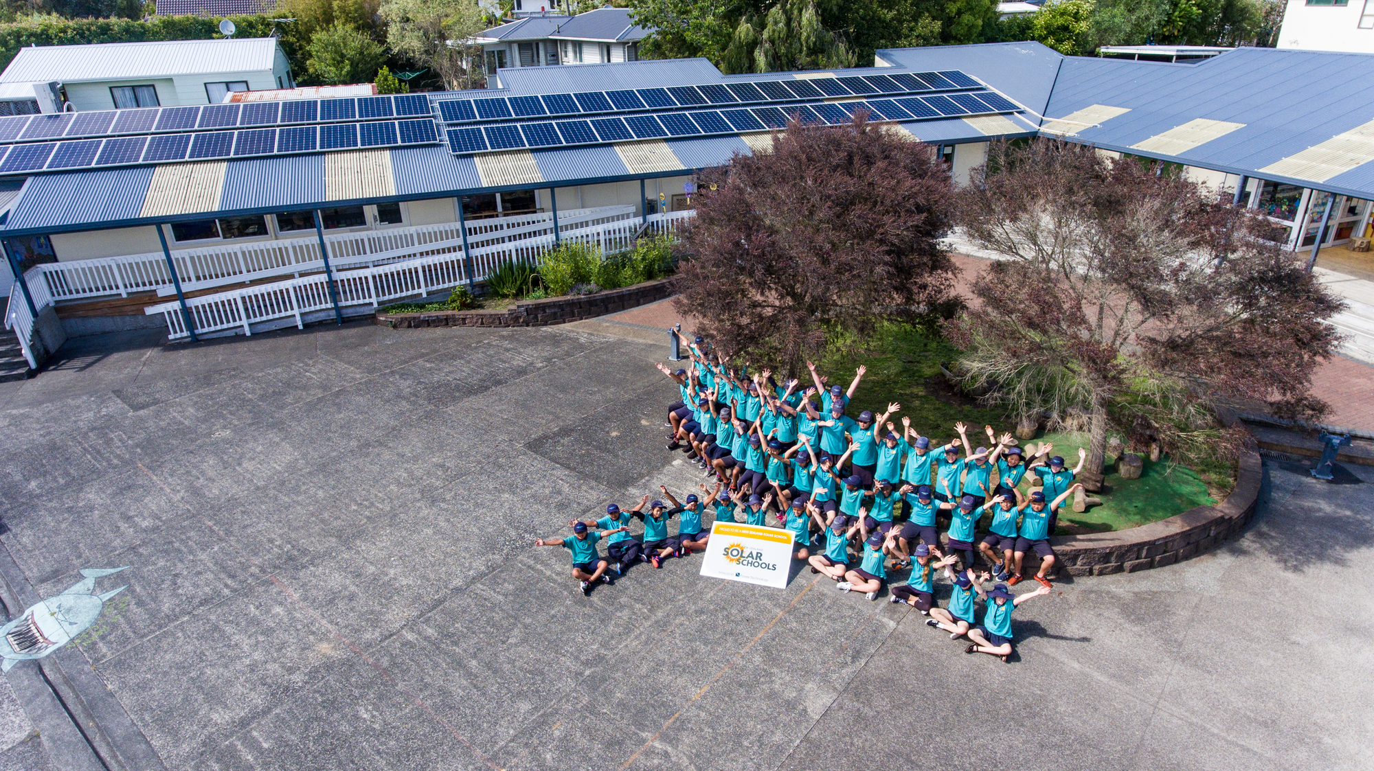 Flanshaw Road School New Zealand Solar Schools Group Photo