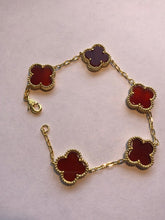 Load image into Gallery viewer, Solid Red Carnelia Clover Bracelet