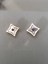Load image into Gallery viewer, Color Star Blossom Mother Of Pearl 1/2 Inch flower stud earrings - Pink Gold - diamond shape