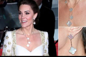 Kate Middleton Solid Mother of Pearl Clover Necklace Y Lariat Style