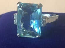 Load image into Gallery viewer, Meghan Markle Aquamarine Ring Once Owned by Princess Diana With Diamond Side stones