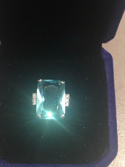 Meghan Markle Aquamarine Ring Once Owned by Princess Diana With Diamond Side stones