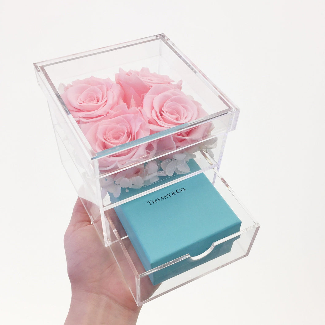 Chic Rose Box