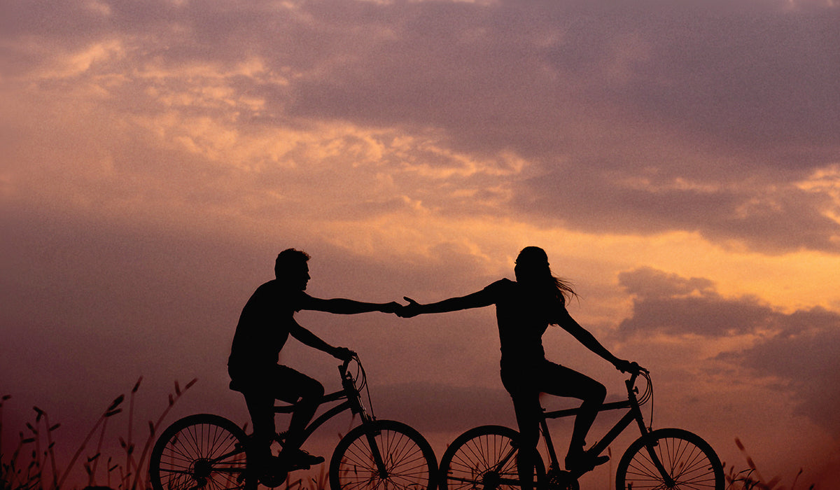 Healthy and Active Date Ideas - Ride a Bike  | Hot Vita