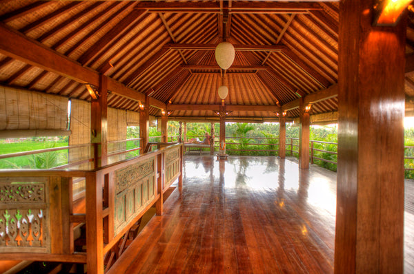 "Soul Alchemy Bali Yoga Retreat with Sergio & Ariel [Deluxe ""U2"" Room]"