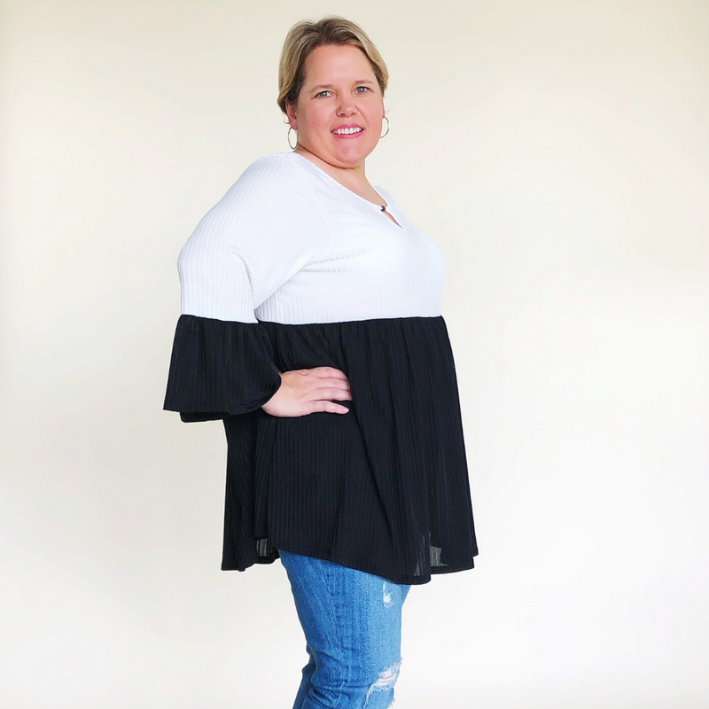 Ivory & Black Ribbed Colorblock Blouse