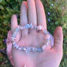 Load image into Gallery viewer, Morganite Chip Bracelet