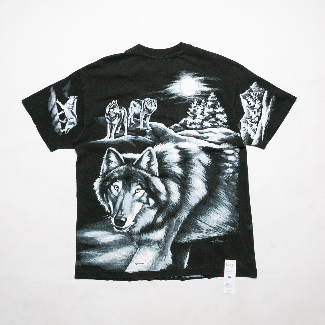Nostalgia Ultra Wolf Pack Tee