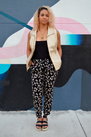 Mid-rise Black & Cream Patterned Trousers