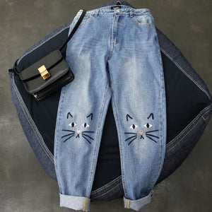 Plus Size Cat Face Light Wash Jeans - gkstocks