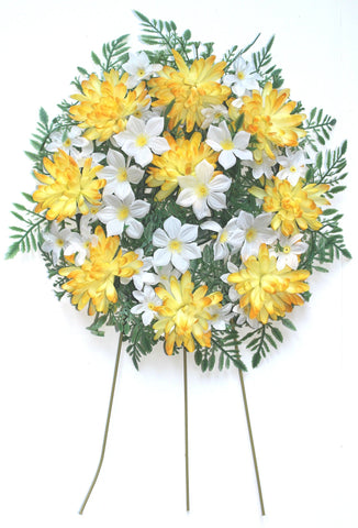 Wreath Pillow - Yellow and white- 12 Inch