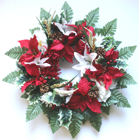 Christmas - 18 inch Wreath with Poinsettias