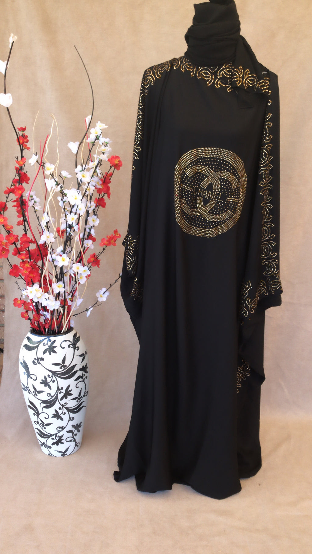 Channel Black Abaya