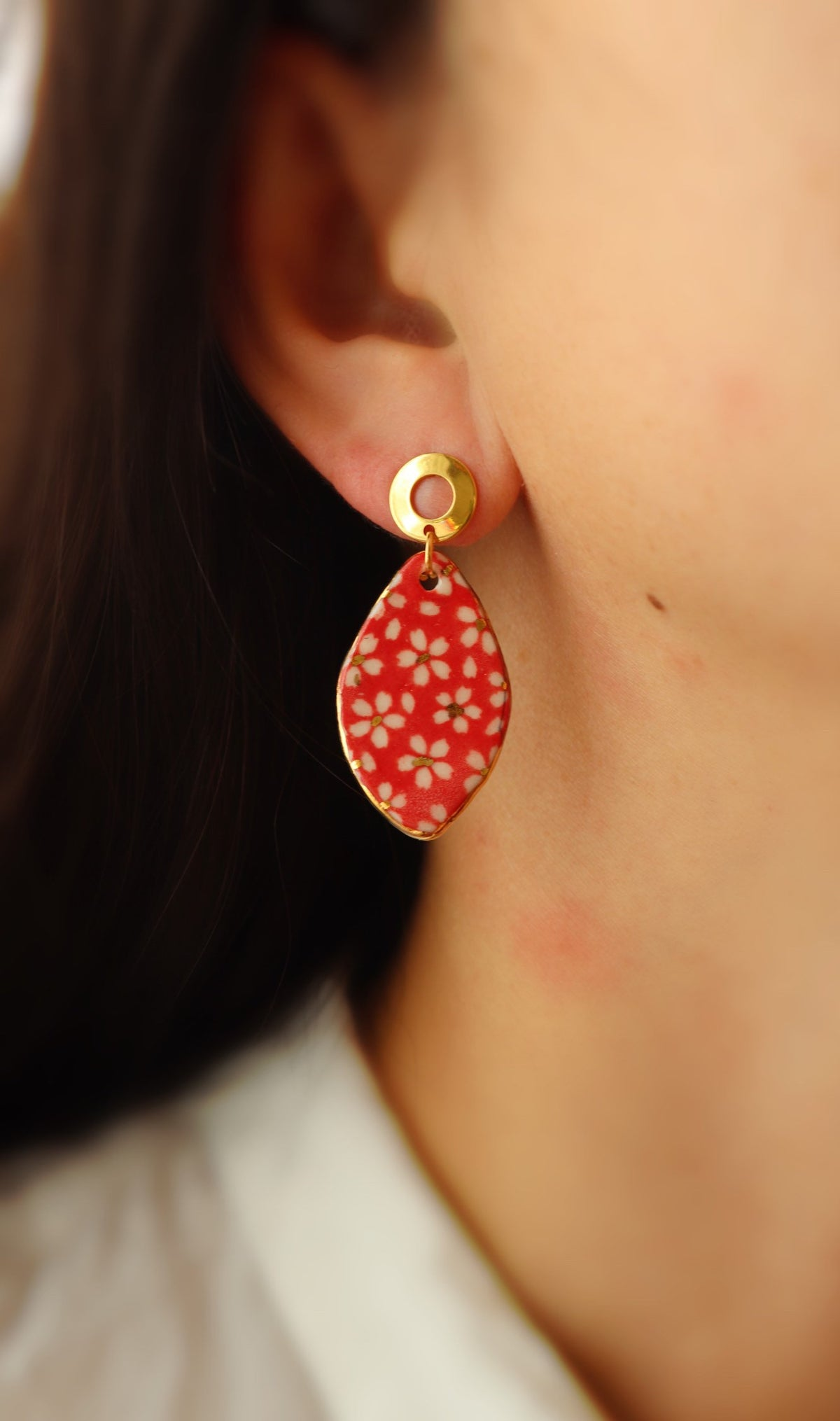 Boucles Lili marguerite rouge