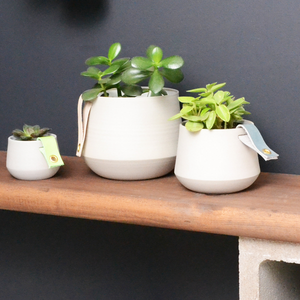 Grey ceramic planter - small