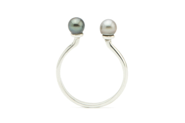 Black and white Tahitian keshi pearl silver ring