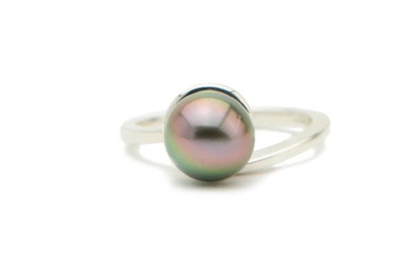 Tahitian pearl golden pink cherry green ring
