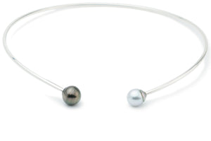 Black and white Tahitian pearl collar necklace Sterling silver
