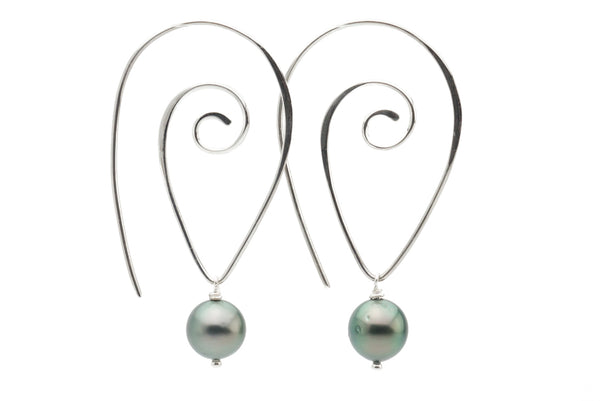 Green Tahitian pearl wire swoop hoop earrings