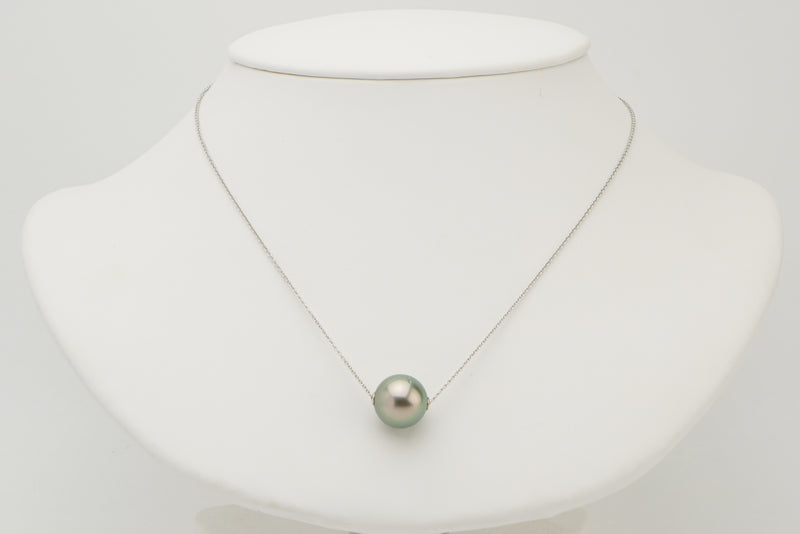 Light celery green Tahitian pearl 12mm solitaire sliding chain necklace white gold