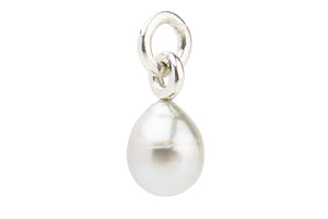 White Tahitian pearl drop pendant on silver