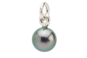 Light green peacock Tahitian pearl pendant on silver