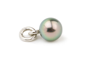 Pastel peacock green Tahitian pearl pendant on white gold