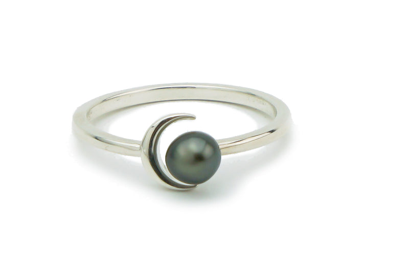 Tahitian keshi pearl crescent moon Sterling silver ring