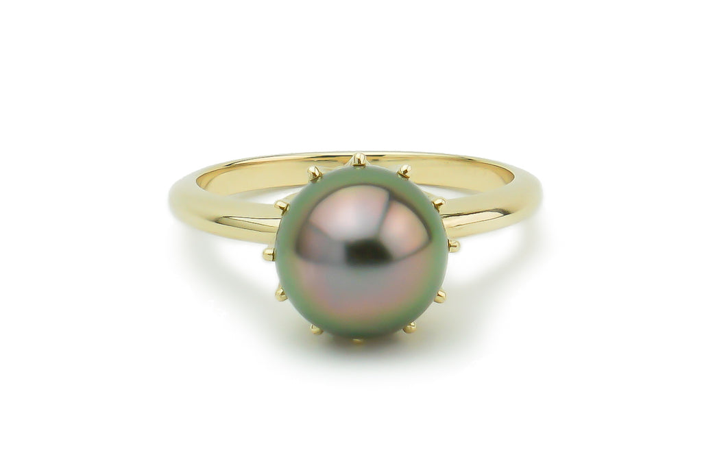 Bright pink peacock Tahitian pearl crown ring