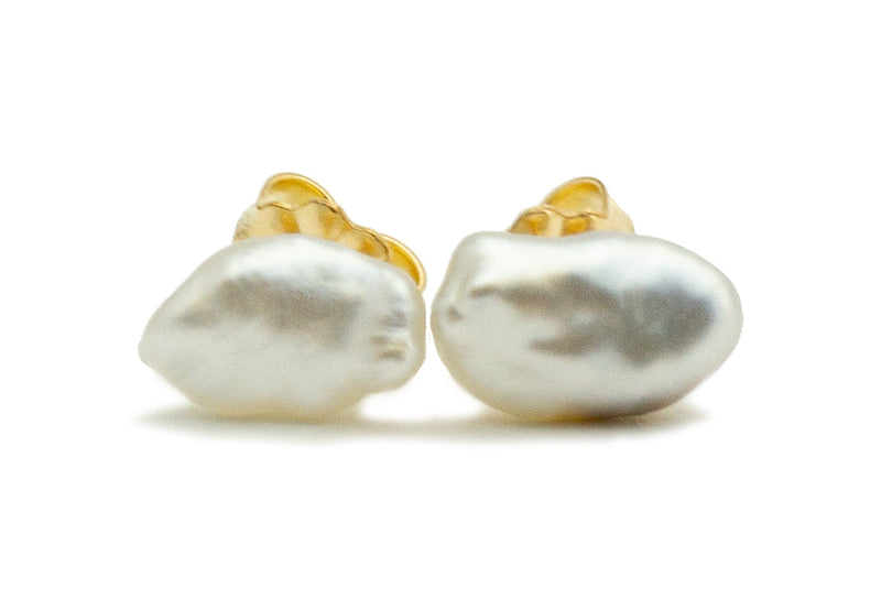 Light Silvery Cloud Keshi Pearl Stud Earrings