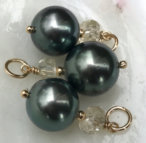 Green Tahitian pearl and Oregon sunstone pendant