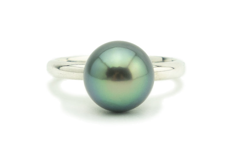 Blue green 9.5mm Tahitian pearl ring on Sterling silver