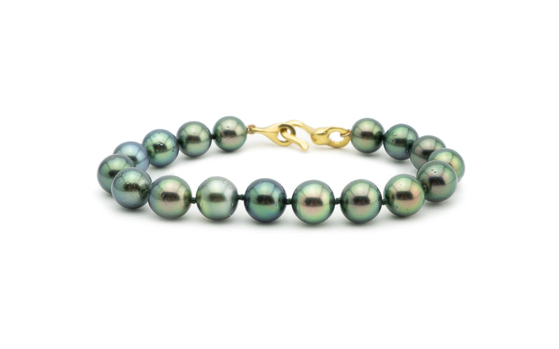 Tahitian flashy bright green peacock pearl bracelet