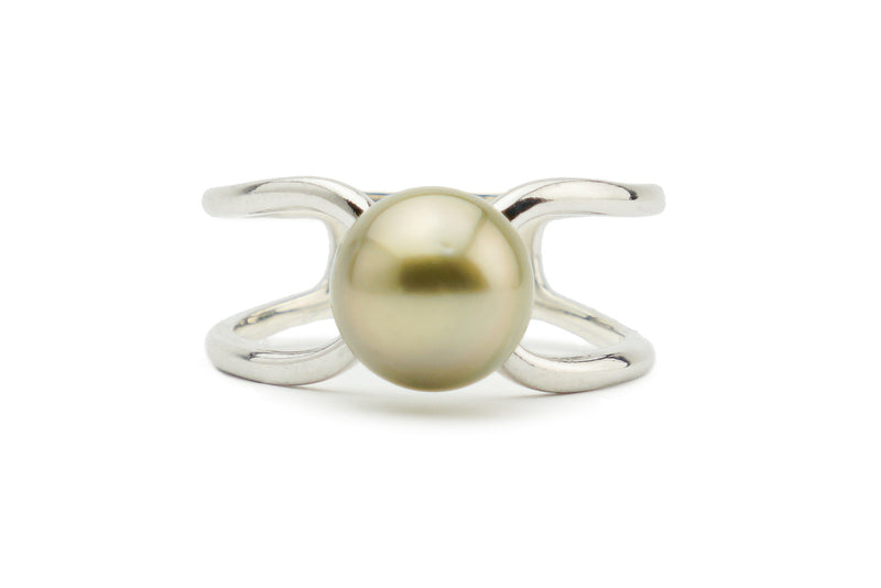 Golden Tahitian pearl ring silver