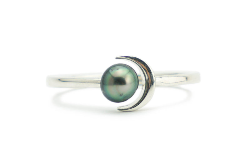 Tahitian green keshi pearl crescent moon Sterling silver ring