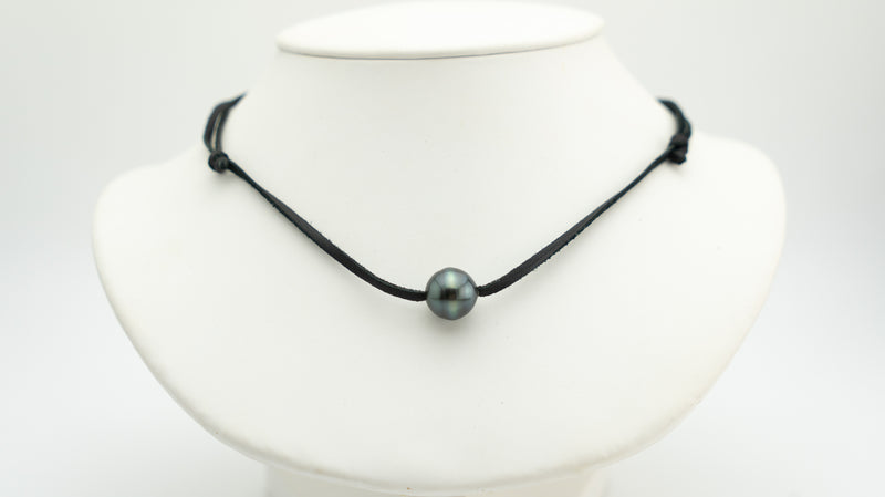 13mm Tahitian pearl semi baroque necklace on leather