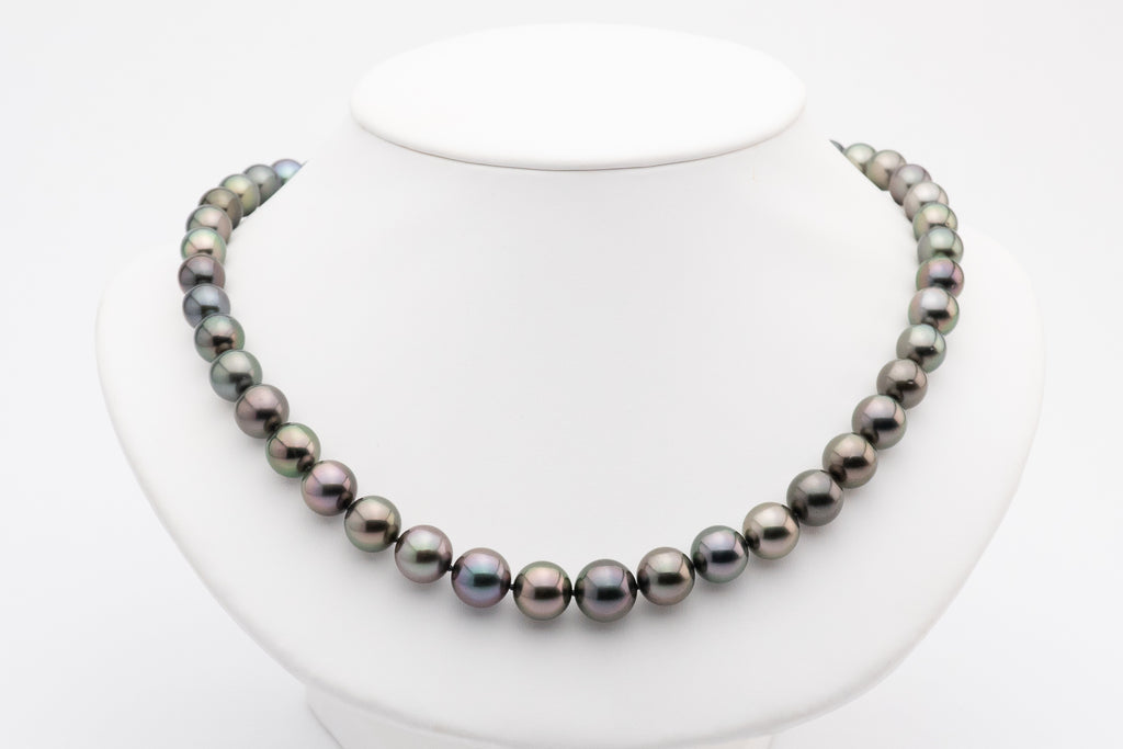 Purple aubergine Tahitian pearl round necklace strand