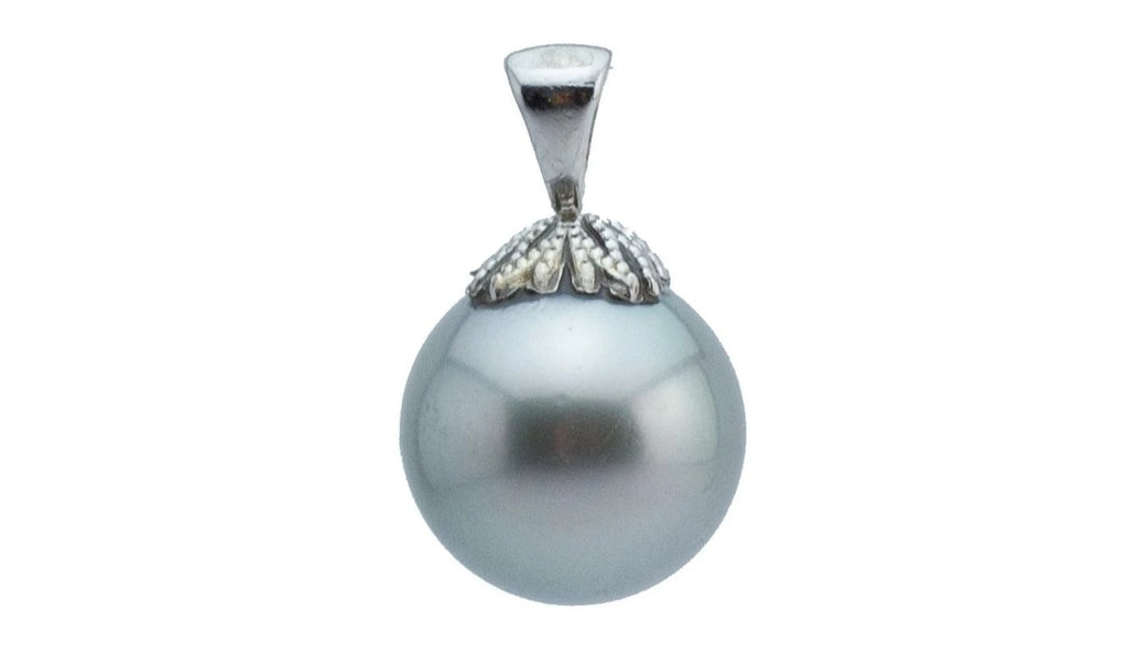 Light silvery blue 14mm round Tahitian pearl pendant on 14K white gold