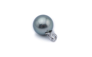 Green Shimmer Tahitian Pearl Pendant on White Gold