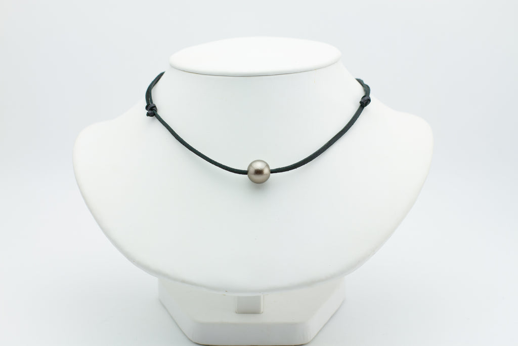 Chocolate shark skin 11.5mm Tahitian pearl necklace on leather