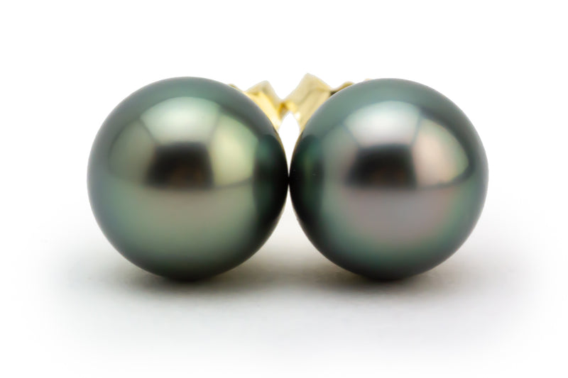 Silvery Peacock Green Tahitian Pearl 8.8mm Stud Earrings