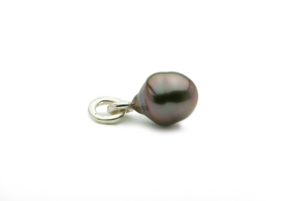 Aubergine Tahitian circled pearl pendant on Sterling silver