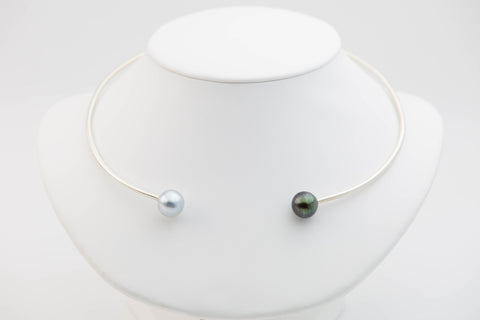 Tahitian pearl and Sterling silver black and white collar necklace