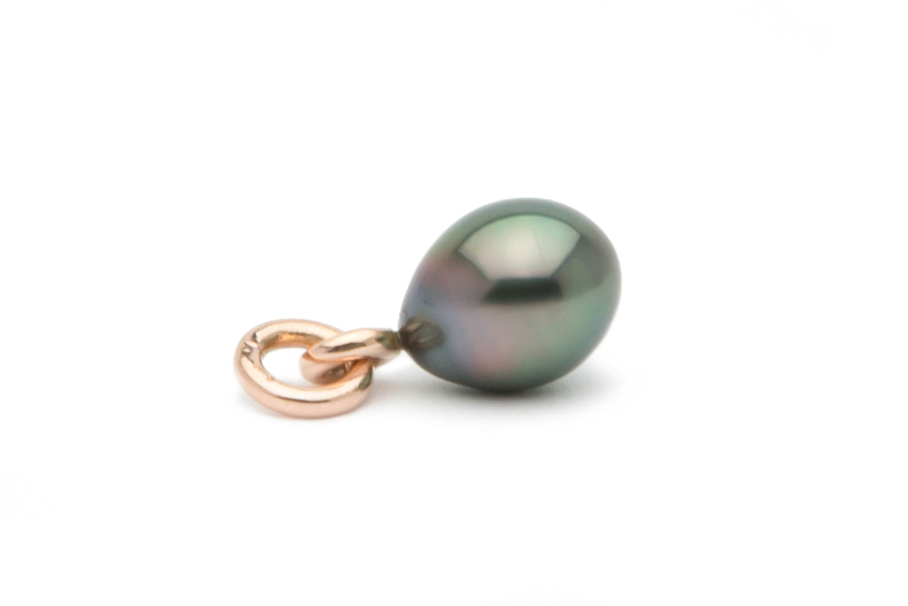 Rainbow drop Tahitian pearl on rose gold