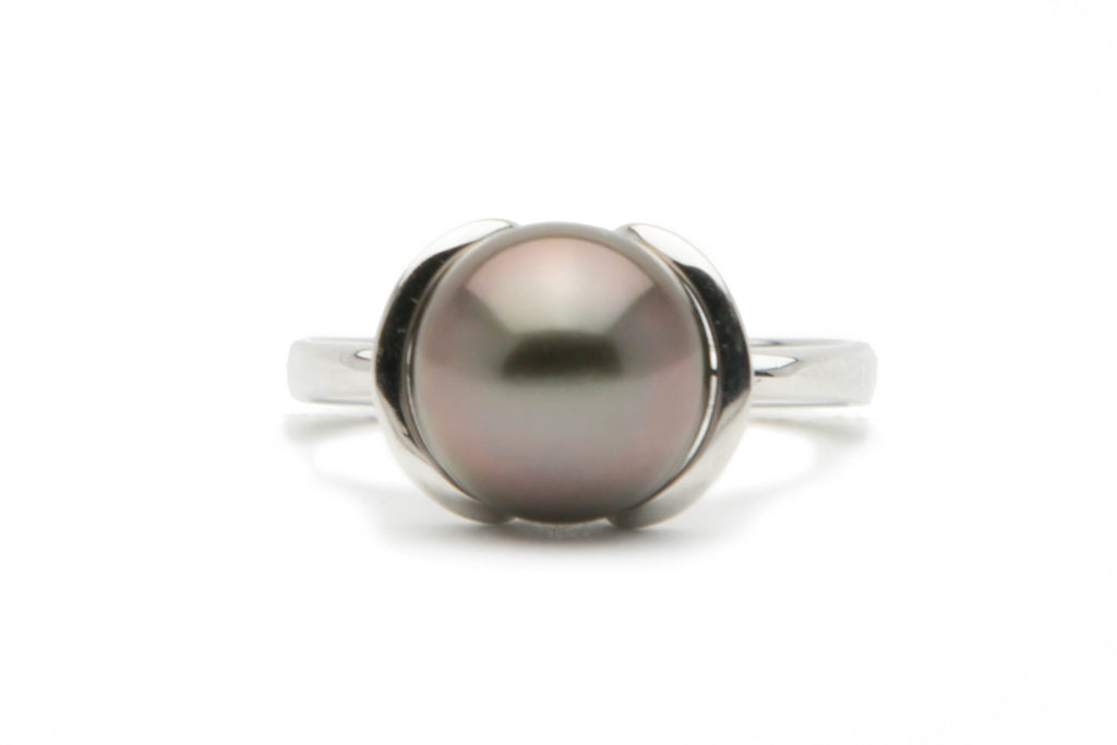 Dusky pink Tahitian pearl petal ring on 14K white gold