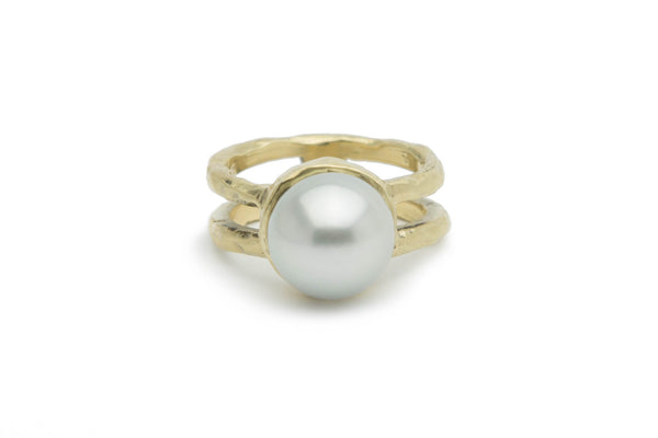 Tahitian white 11mm pearl and bronze cast ring
