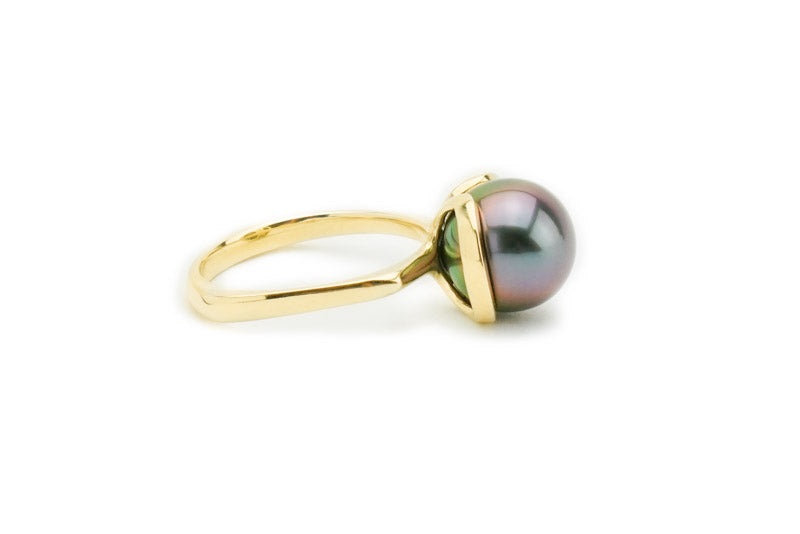 Blue purple peacock Tahitian pearl 10mm ring Euro shank