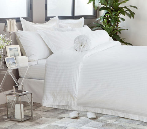 Hotelier Prestigio™ White Sateen Stripe Fitted Sheet Set