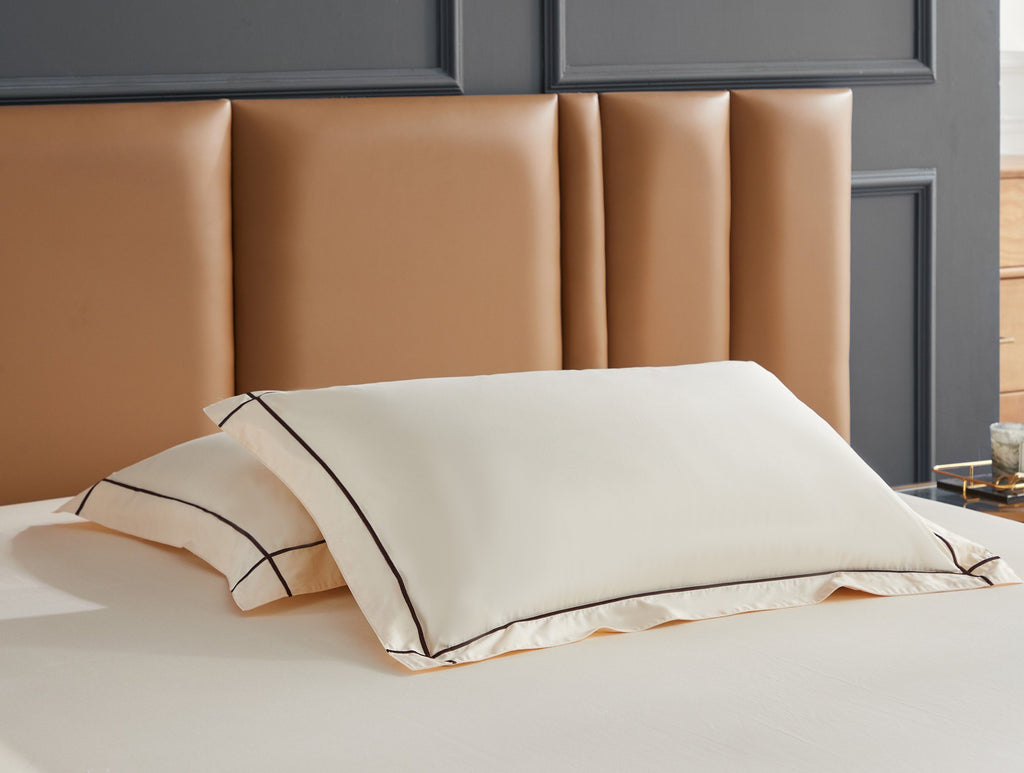 Hotelier Prestigio™ Freya with Umber Cross Border Pillow Case - Bedding Affairs