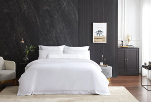 Hotelier Prestigio™ Lucent White With White Lines Quilt Cover
